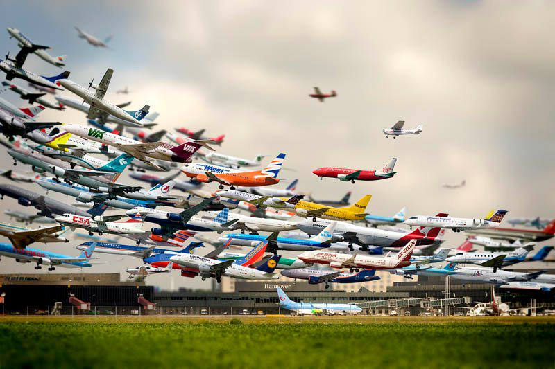 Amazing Photo of Airplanes Taking off at Hannover Airport